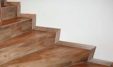 Designvinyl Treppenkanten
